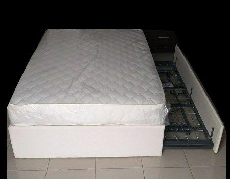 Κρεβατόστρωμα με αποθηκευτικό κρεβάτι